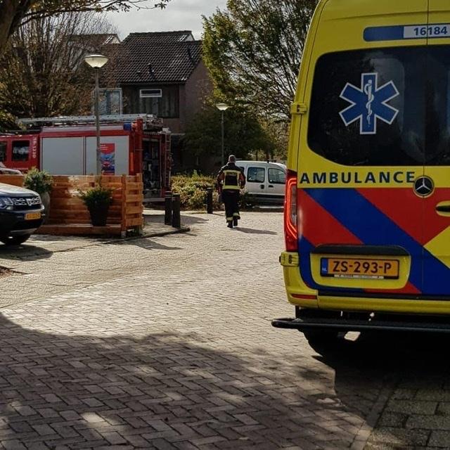 P 1 BDH-04 Ass. ambu (afhijsen patient) Prins Clausstraat SASSHM 161852 161230